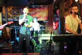 Концерт Артис в Боливаре, Kсю band