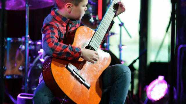 Дебютное выступление гитариста Глеба Булгакова