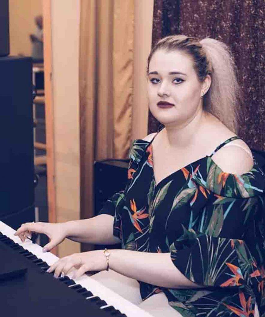 Полина Понтрягина преподаватель фортепиано и вокала в Москве