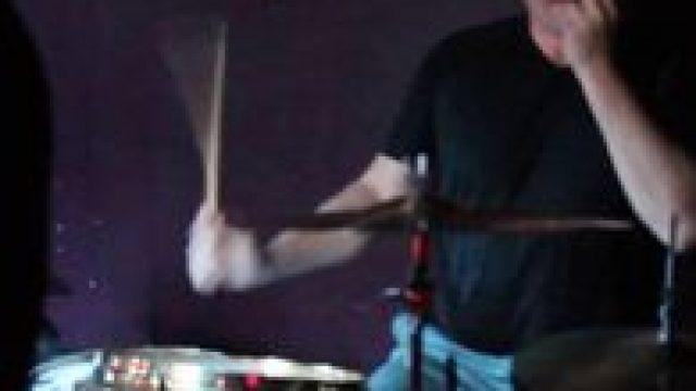 Соло на барабанах от Дениса Василевского