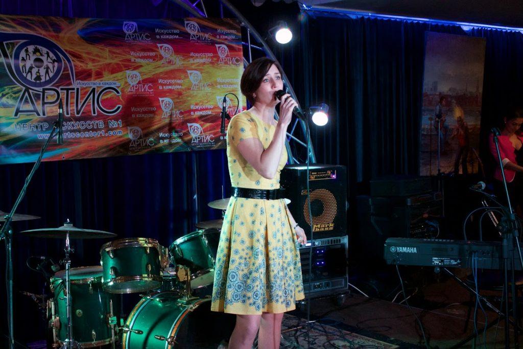 Обучение вокалу в центре искусств Артис